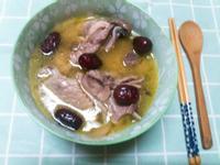 清甜~薑片紅棗雞湯