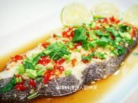 南洋料理達人劉明芳--泰式清蒸檸檬魚