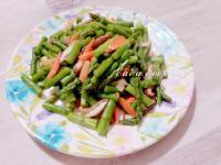 清炒綠蘆筍鮮香菇