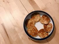 超簡單副食品!寶寶鬆餅(芝麻香蕉口味)