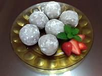 草莓芋泥球