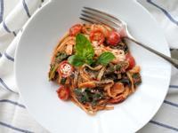 鯷魚蕃茄義大利麵