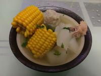 玉米蘿蔔排骨丸子湯