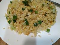 蝦皮(蝦米)黃金炒飯