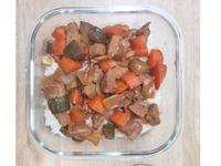 黑胡椒香醋醬燒牛肉燴飯