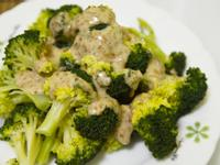 綠花椰菜佐胡麻醬