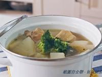 全聯食譜之爸爸回家做晚飯- 蘿蔔燉雞湯