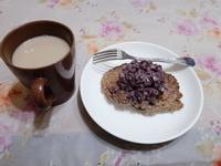 黑芝麻燕麥鬆餅佐紅豆泥(健康早餐)