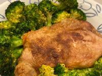 氣炸雞腿排及花椰菜
