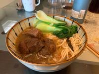 紅燒牛肉麵的湯