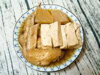 板豆腐,白蘿蔔,雞翅滷