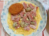 火腿洋菇白醬義大利麵