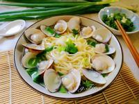 蒜香蛤蠣拉麵