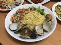 蒜香蛤蜊菇菇義大利麵