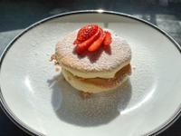 鬆軟綿密的日式舒芙蕾鬆餅