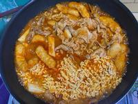 韓式辣炒豬肉年糕麵