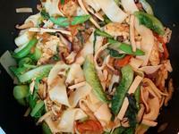 蔬食炒粄條