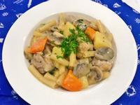 白醬蘑菇雞腿通心麵(ㄧ鍋到底)