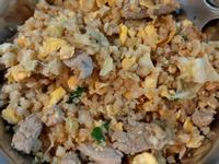 肉絲蛋炒飯(花椰菜米)