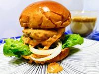 爆漿花生牛肉漢堡