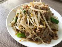 [減醣]黑胡椒豆芽菜炒肉片