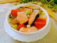 鮭魚蔬菜湯