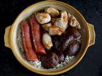 港式冬菇臘腸煲仔飯