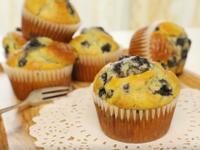 三分鐘食譜: 藍莓杯子蛋糕教學與心得