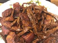 「生酮」筍乾燒肉