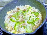 雞蛋肉絲菜瓜麵