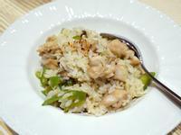 青椒蕈菇雞肉炒飯。簡易便當菜食譜