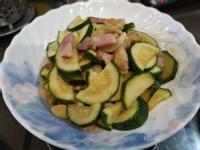 培根豆包炒櫛瓜