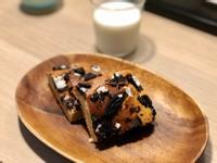 小烤箱+鬆餅粉就可以做!OREO香蕉蛋糕