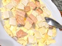 鮭魚豆腐玉子炊