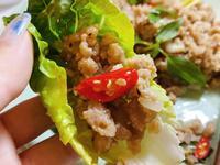 泰式肉碎生菜包(辣味打拋豬伴萵苣)