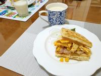 玉米鮪魚起士蛋 鬆餅早餐