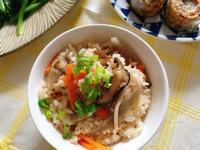 電鍋香菇牛蒡炊飯