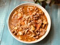 沙茶醬燴鴻喜菇梅花豬肉片/  牛頭牌