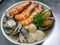 豪華海鮮粉絲煲