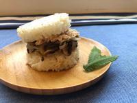 鮪魚米漢堡