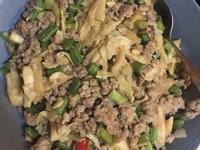 肉絲炒竹筍長豆