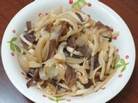 蔬食日 木耳洋蔥菇