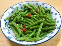 。辣炒菜豆。