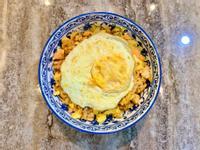 鮭魚泡菜蛋炒飯