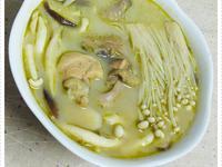 【穀盛綠咖哩】椰漿綠咖哩菇菌雞湯