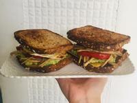 酪梨菇菇三明治