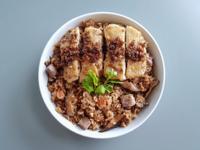 紅蔥雞芋頭油飯 (萬用鍋版)