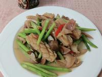 蘆筍鮮菇炒魷魚