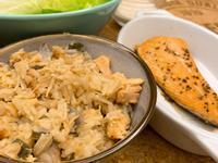 鮭魚炊飯(電子鍋)