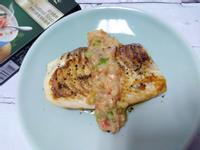 香煎鯛魚佐奶油海鮮醬